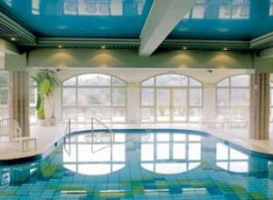 la-villa-marlioz-piscine-2-300x220